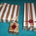 citim sa ako @h8u ale kedy budu Vianoce kedyyyy uz to chcem otvorit :( inak to je normalne ze chlap vie takto zabalit darceky? lebo som z toho kus vyvalena :D a je to peklo mat to kusok od seba dalsich 20 dni a ja tak strasne chcem vediet, co to je :D