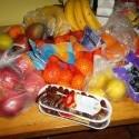 """strýko nám chcel spraviť nákup...""""...čo mám kúpiť Laure na jedenie?""""  mama: """"ovocie""""  :D so be it! :D asi som v nebi :D"""