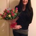 takuto kyticku som dostala na Valentina! este vcera sme ju mali vo vaze ale uz som ju vyhodila a je mi za nou smutno lebo lubim tulipanky :( :D