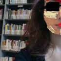 TT! lauriak stihol, lauriak lubi svoju knižnicu a svojkovať je trapne, tak v tej rychlosti som škulil tak okuliare a kontitjúritunning zachráni vždy!