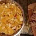 3kg ovocneho salatu...2l zazvoroveho caju silneho ze to zlozi aj kona :)  a ide sa liecit...aj to nebude do zajtra fungoavat prechadzam na absinth