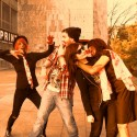mna a @kamic napadli zombici!
