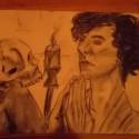 prvocina nedokončená :D (ale vždy keď robím pozadie tak to poserem ešte viac ako to je :) ) kreslené v zlom zvetle, v tureckom sede na kolenach uhlikmi po 5-6 rokoch :D chudák Benedict :D