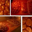 Taaaakže, prvá dávka vianočného pečenia :) už to začalo! dnes sa pokračuje :) bude toho veeeeľa a veeeeľa druhov *_*