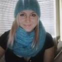 moja úžasná kolegyňa mi uštrikovala taký pekný šál s čepičkou :) teším sa