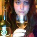 cheers to the freakin weekend!...vyzerám hrozne, cítim sa hrozné, ale cider a víno to napravia, tomu verím.