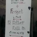 I would rather fall in chocolate... Najdoko vyrok za poslednych par rokov :)