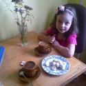 Sme si s Miškou dali kafé! .D a mi zanietene vymenovvavala zdrave bylinky :D