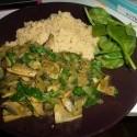 Dnešný fastfood ...dievčina z obhliadky že aku honosnu večeru mám... lol.. celozrnny kuskus (fastfoodzachrana) dva šamiony, cibula a š*enát...vuala a curry a arabske korenie